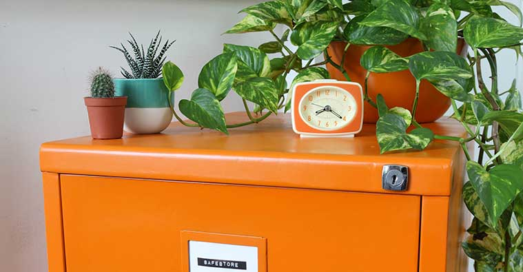 How to restore an old filing cabinet