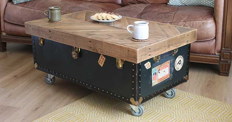 Safestore-pallet-top-vintage-trunk-coffee-table-DIY-project-Finished-photos-(8).jpg