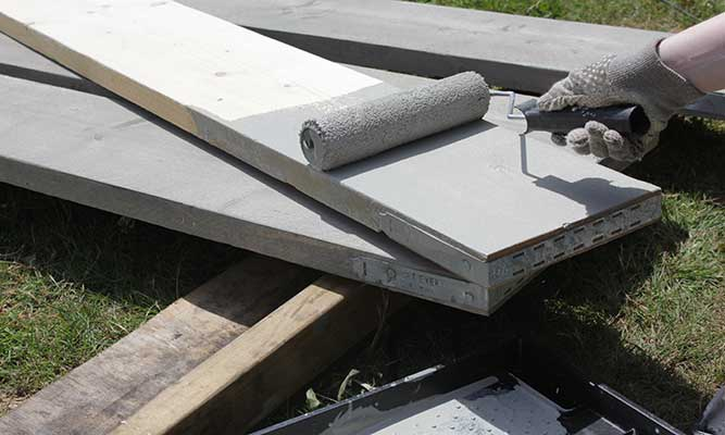 Scaffold-Board-Outdoor-Table-DIY-Project-by-Cassie-Fairy-Step-4-(2).jpg