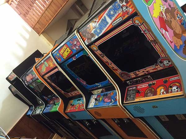 collection of arcade games including donkey kong
